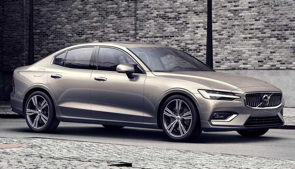 12021-Volvo-S60-review.jpg