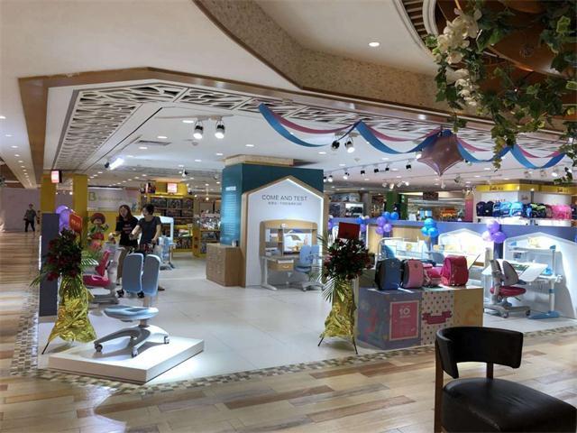 热烈庆祝护童第1361家佛山顺联国际购物中心护童专柜盛大开业!
