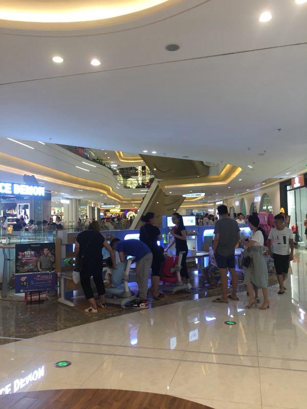 热烈祝贺护童第1457家温州瑞安吾悦广场护童专柜盛大开业!