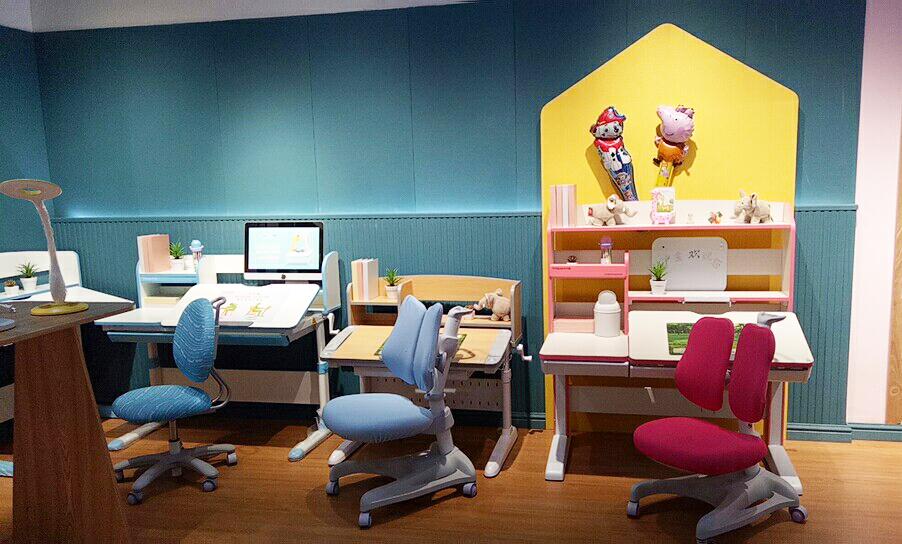 热烈祝贺护童第1658家双鸭山百盟国际广场护童专柜盛大开业!